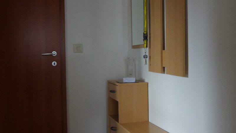 Apartment 1 Garderobe